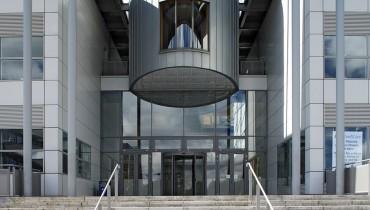 Education - DCU Science & Research - External Entrance 05